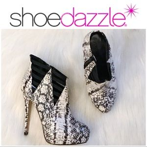 NWOB•Shoedazzle•Black/White Booties